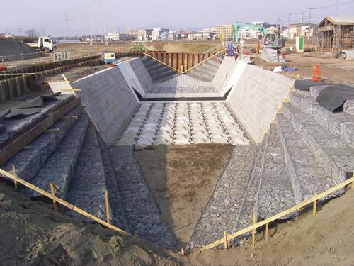 蓮沼川工事現場