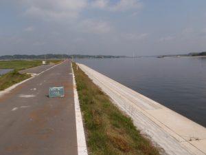 北浦湖岸堤山田地区液状化対策工事